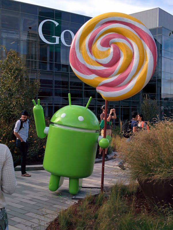 Android Lollipop Statue