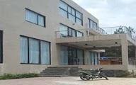 Lord Residence Villa Istana Bunga 8 Kamar