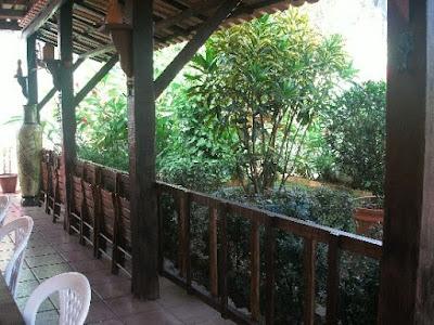 Taverna do Alto: Varanda (Foto retirada do site)