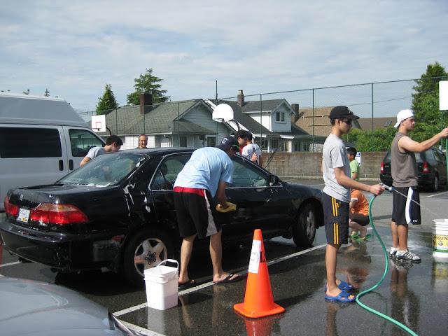 Altar Servers Car Wash 2011 - IMG_5845.jpg