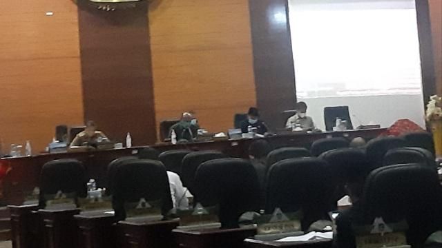 DPRD Sumbar Sepakati KUPA-PPAS APBD 2021, Terjadi Perubahan Target Pendapatan Daerah