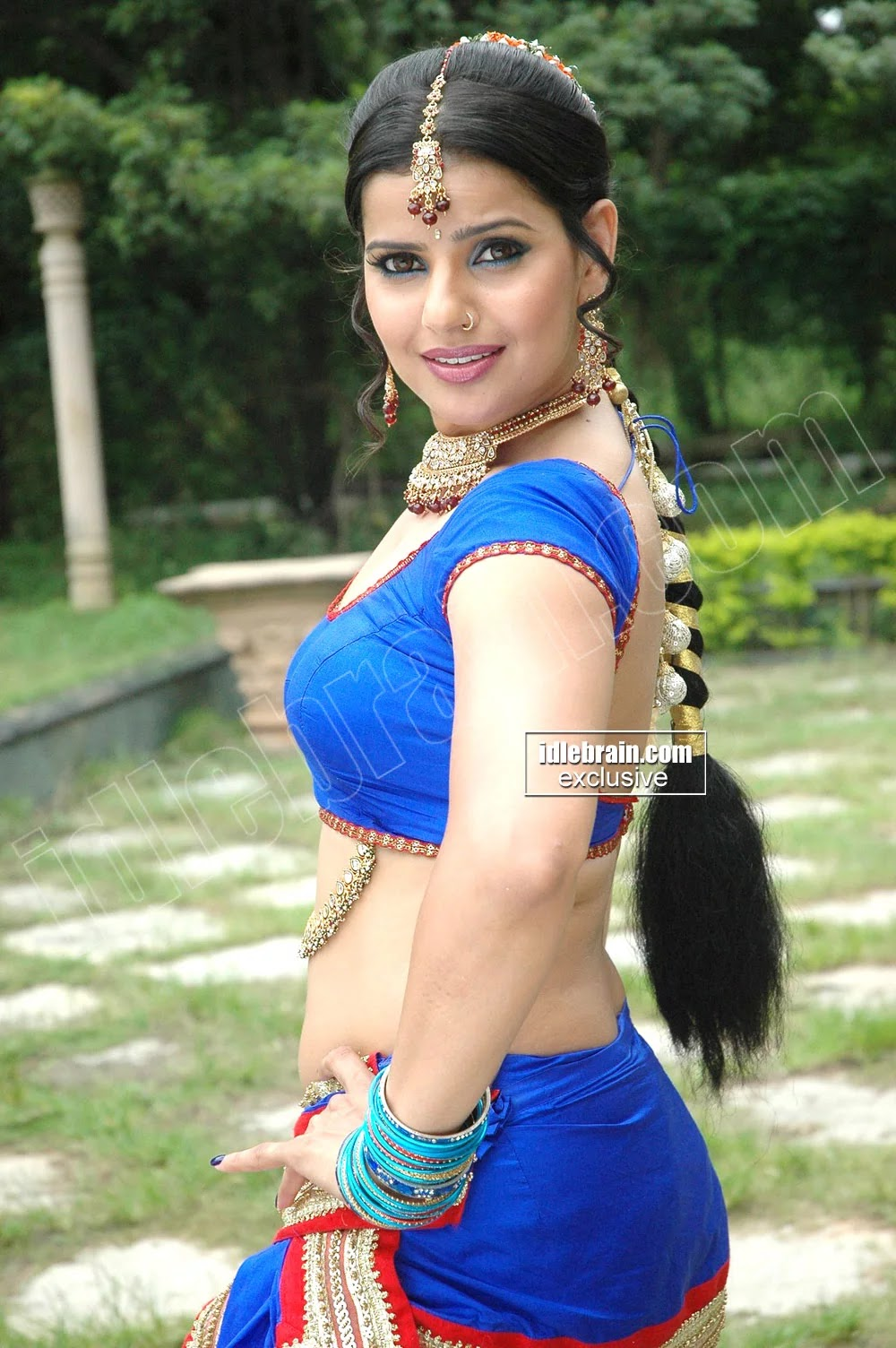 Something is. bhojpuri actress hot navel happens