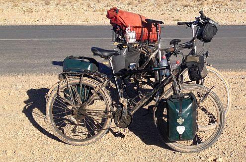 Trekking- und Reiserad T 400 vsf fahrrad manufaktur & Panther Dominance Trekking
