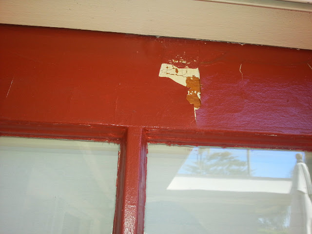 Failure due to paint over untreated varnish