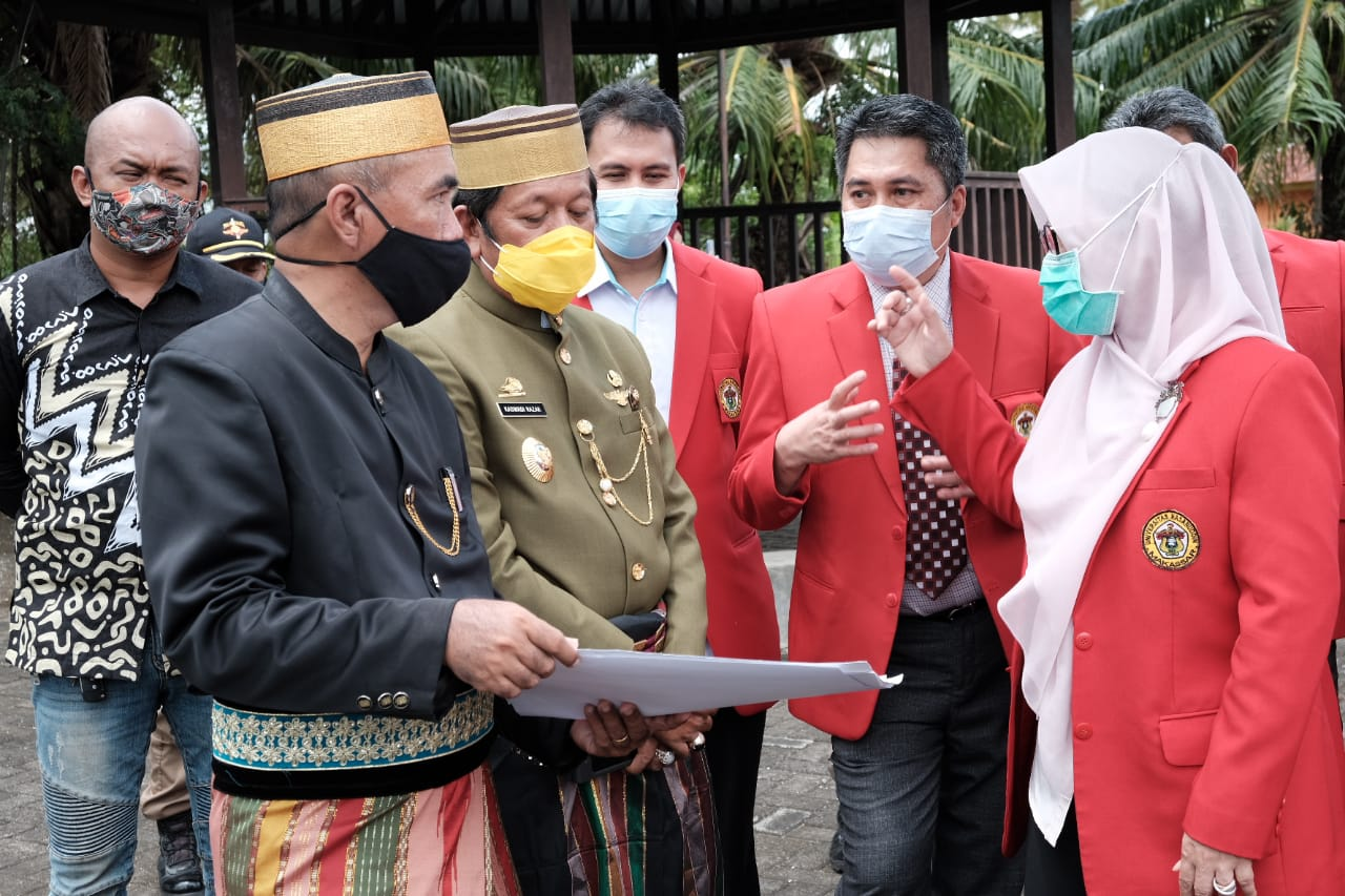 Bupati Soppeng Lanjutkan Kerjasama Unhas Terkait Kampus Vokasi