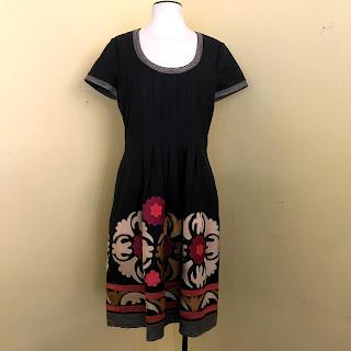 Oscar de la Renta Crewel Dress