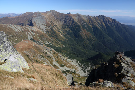 Jamnícka dolina a Otrhance z Ostrého Roháča