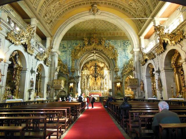 Interior de la iglesia de San Francisco