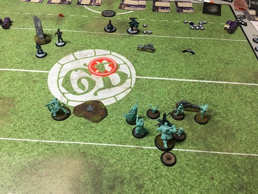 This does not seem to be how great Guild Ball is played