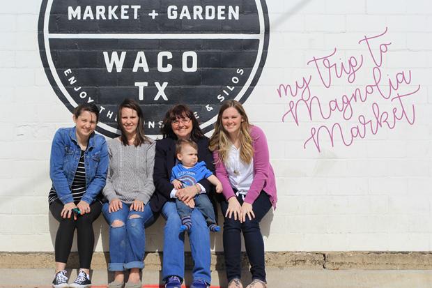 My Trip to Magnolia Market at GingerSnapCrafts.com #magnoliamarket #waco