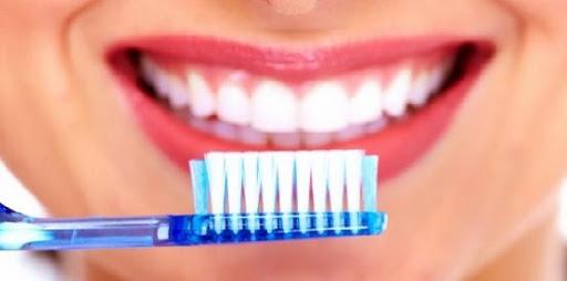 6 Cara Merawat Gigi Agar Tetap Putih Dan Sehat Healthy Was Enjoy