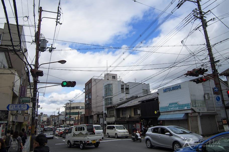 落巴士後見到藍天和白雲