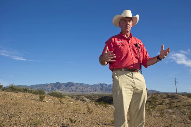 Interior Secretary Ryan Zinke speaking during a news conference near Gold Butte National Monument in Bunkerville, Nevada. Photo: Steve Marcus / Las Vegas Sun / AP