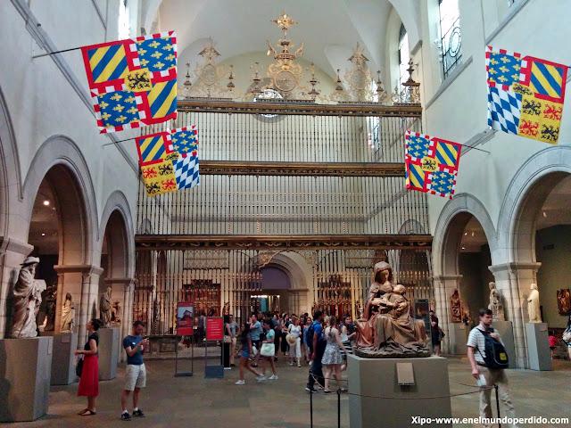 sala-banderas-met-museo-metropolitano-nueva-york.jpg