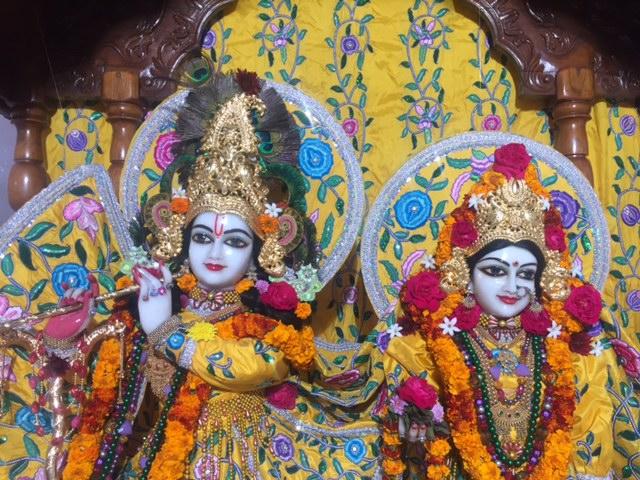 ISKCON Raipur Deity Darshan 03 jan 2017 (1)