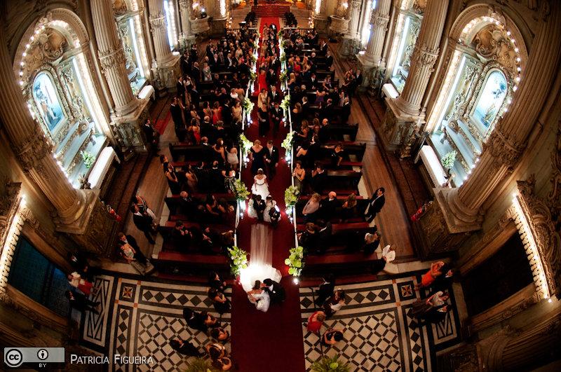 Foto de casamento 2746 de Renata e Cristiano. Marcações: 28/08/2010, Casamento Renata e Cristiano, Igreja, Igreja Sao Francisco de Paula, Rio de Janeiro.