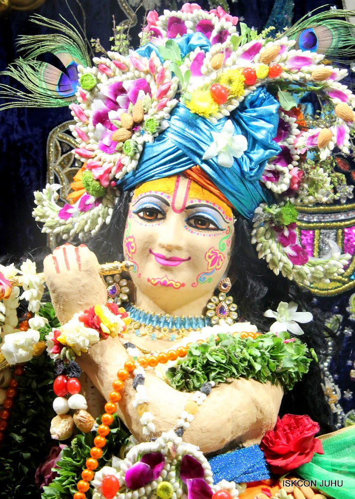 ISKCON Juhu Chandan yatara Deity Darshan on 9th May 2016 (16)