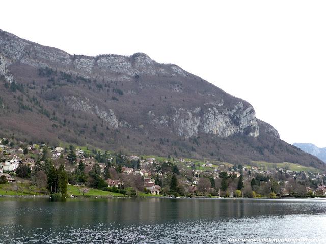 pueblos-lago-annecy.JPG