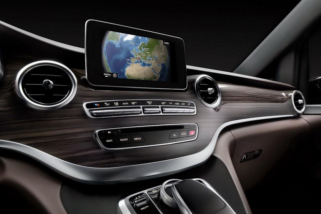 2014-Mercedes-V-Serisi-26