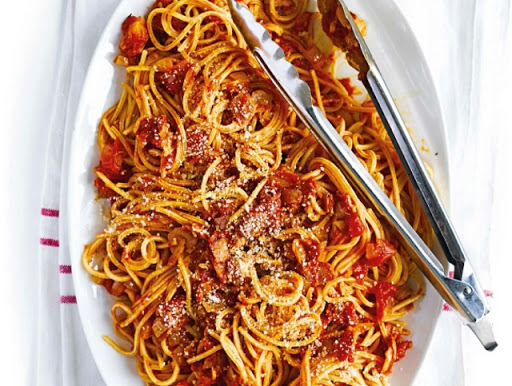 Supersmoky bacon & tomato spaghetti