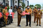 Bupati Rocky Serahkan 50 Unit Kendaraan Roda Dua untuk para Keuchik dan Mukim