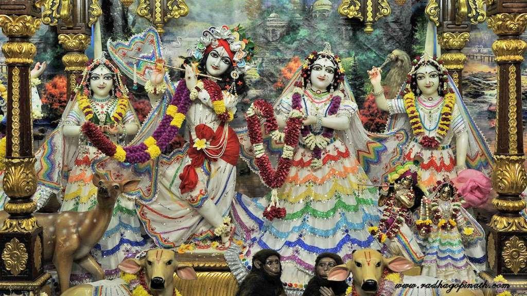 ISKCON Chowpatty Deity Darshan 20 Dec 2015 (8)