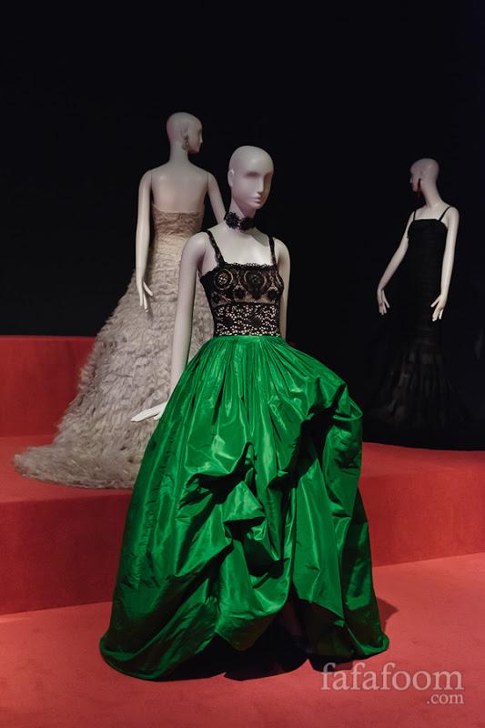 Oscar de la Renta, Evening dress, Spring 2012.