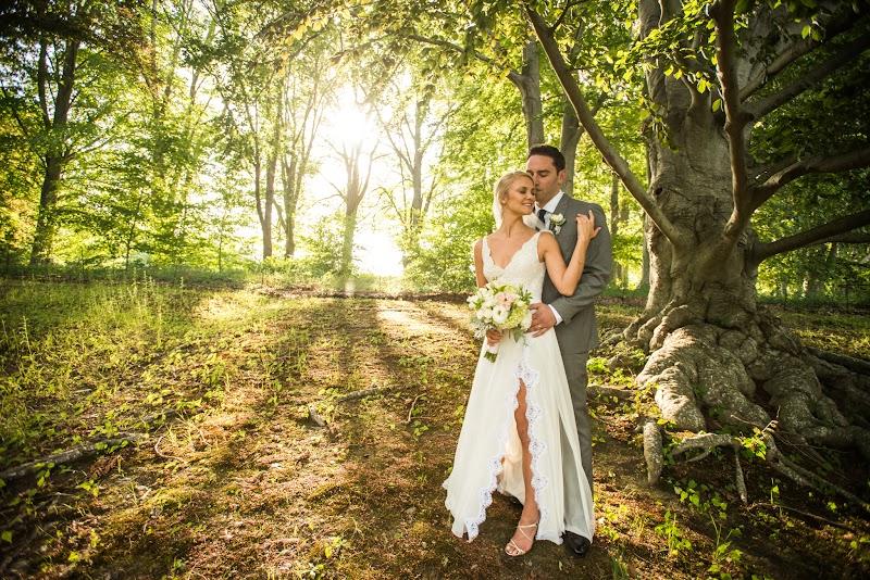 Caitlin and Chris - Blueflash Photography 451.jpg