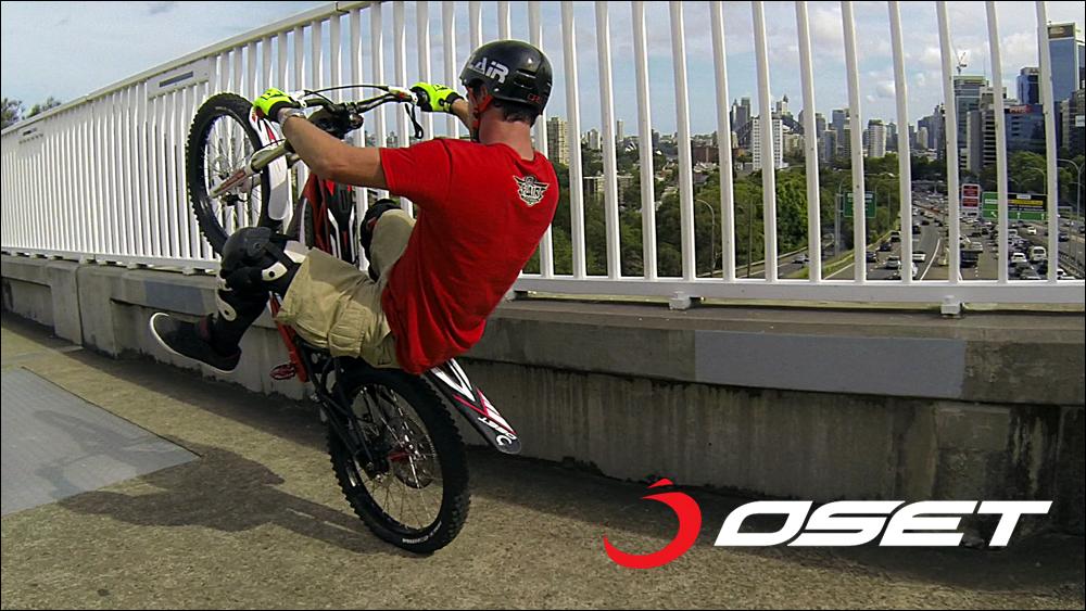 OSET_jack_field_sydney_loc_01_wheelie_long_01.jpg