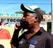 Cancelados del IAD protestan en demanda del pago de prestaciones laborales