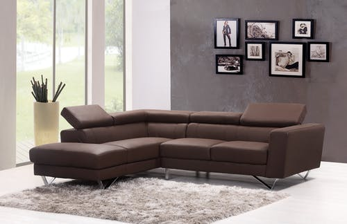 Read this before getting an L-shaped sofa for your home