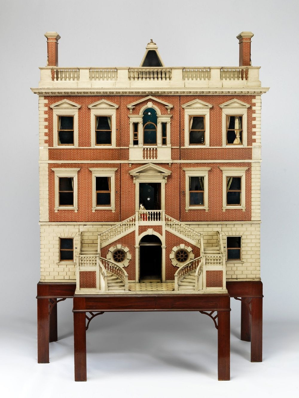 small-stories-dollhouse-1