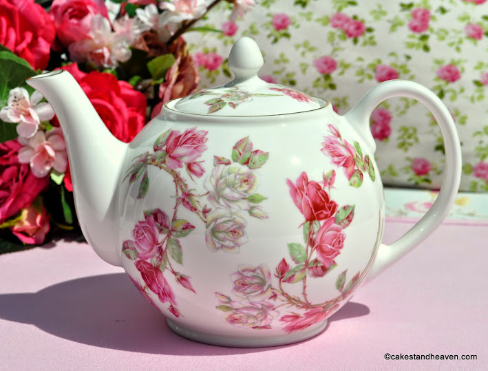 Aynsley Elizabeth Rose 2 Pint Teapot
