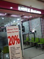 linda pucyzeon blitz salon atrium disc 20 tiap rabu rh linda pucy zeon blogspot com salon mobil di atrium senen