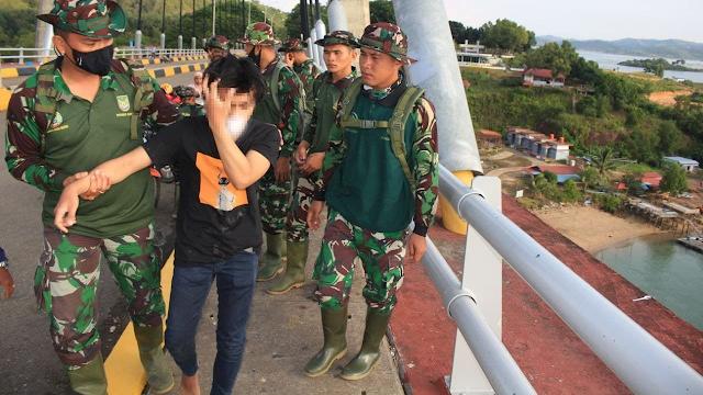 Aksi heroik anggota TNI di Batam menyelamatkan nyawa seorang pemuda dari maut