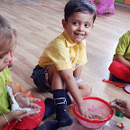 Sieving and Kneading the Flour Activity (Playgroup) 03.08.2016