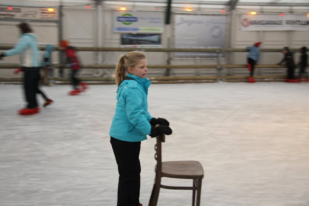 Sinterklaas bij de schaatsbaan - IMG_0317.JPG