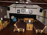 11 A kiállítás egy részlete a kávézó emeletén.JPG