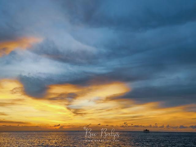 Indahnya sunset di Pulau Lemukutan Singakwang Kalimantan Barat