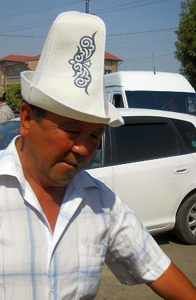 Kirgise mit Hut