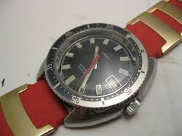 DIVER WATCHES PRESSURE TESTING - 1.bmp