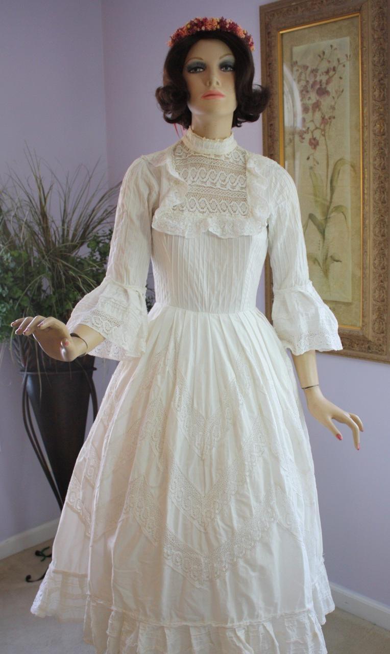 Floids Blog Vintage 1950s 50s White Lace Wedding Dress