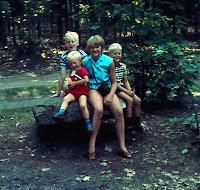 Groeneweg, Marianne, Peter, Walter Ronald 1968.jpg
