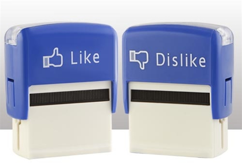Facebook or not facebook?