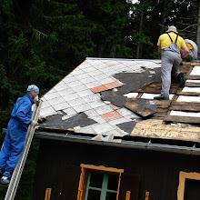 Delovna akcija - Streha, Črni dol 2006 - streha%2B055.jpg