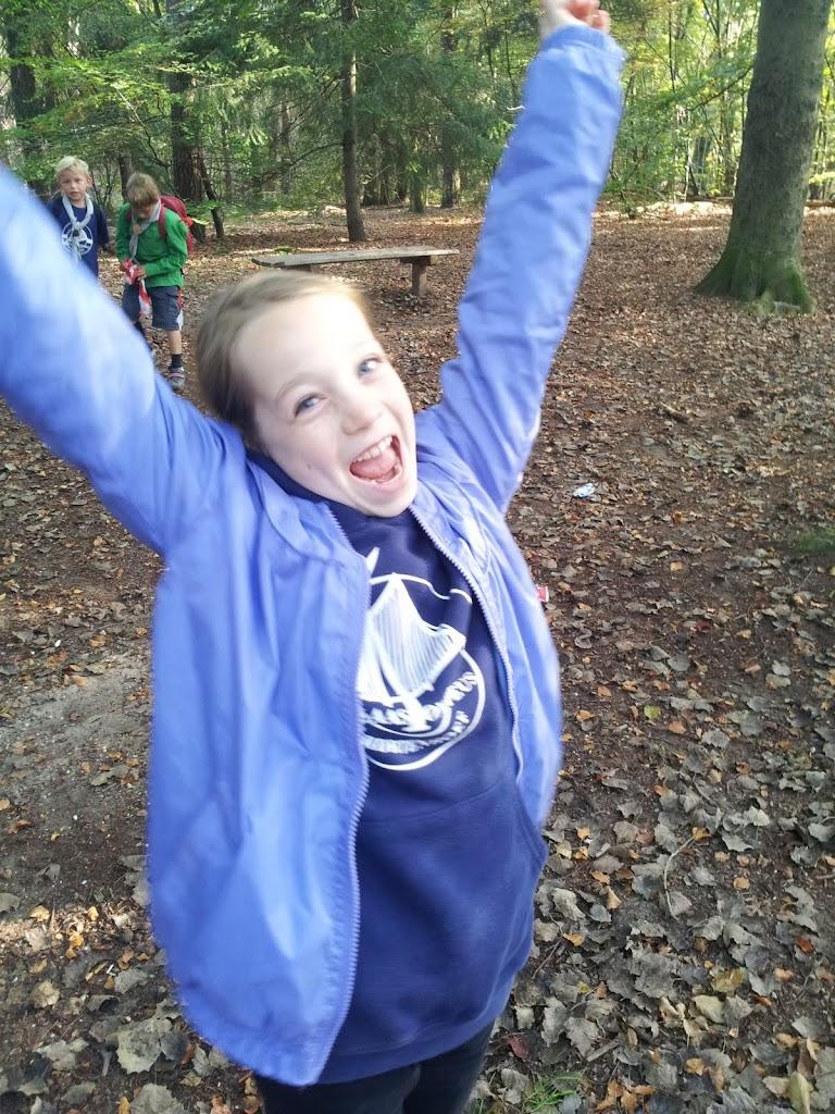 Welpen - Staartentikkertje in bos - 20111001_105923.jpg
