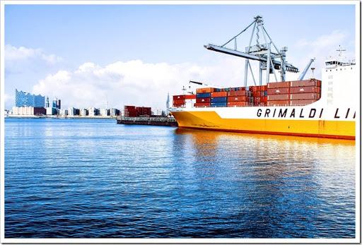 shipping containers 1150062 960 720%25255B5%25255D - 【コラム】アトマイザーが医療機器?輸入許可証が必要に【電子タバコヤバイ】
