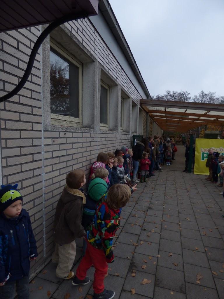 Sinterklaas op bezoek - P1060549.JPG