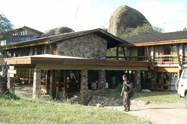 The five star Serengeti Sopa Resort in the park.