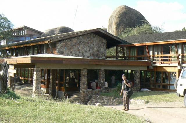 The five star Serengeti Sopa Resort in the park.